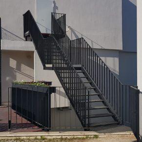 celik kontruksuyın merdiven